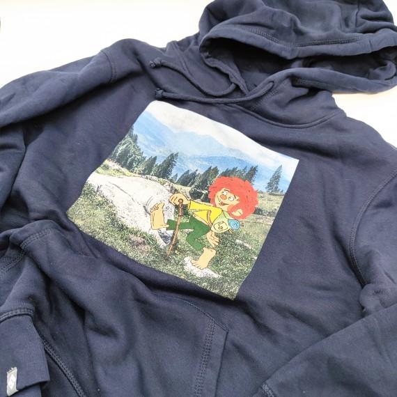 """Bavarian Caps Hoodie """"Pumuckl wandert""""  dunkelblau"""